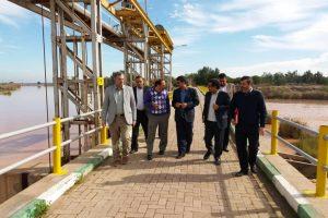 بازدید معاونت سد و نیروگاه سازمان آب و برق خوزستان و مدیرعامل شرکت آبیاری کرخه و شاوور از سد تنظیمی حمیدیه