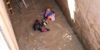 اجرای عملیات لایروبی دهانه آبگیر و پاکسازی گالریهای ایستگاه پمپاژ شهر دارخوین شادگان ۴