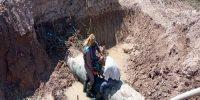 ترمیم شکستگیهای خط لوله اصلی شبکه آبیاری آبادان۲